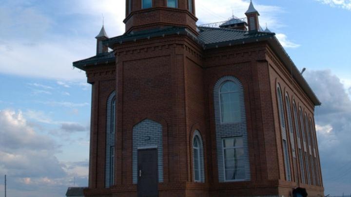 ФСБ задержала проповедника радикального ислама в мечети на Южном Урале