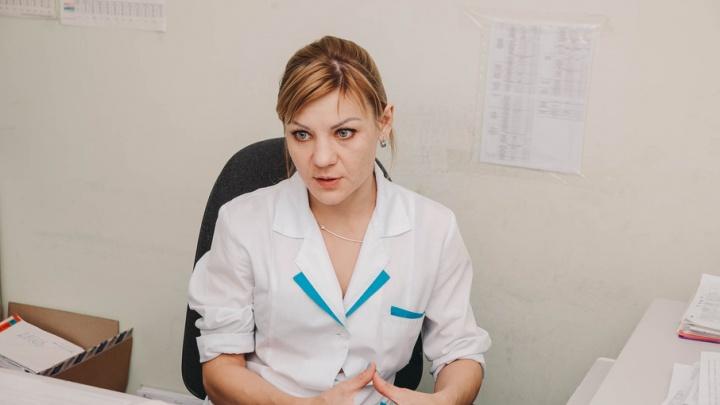 Много ли в Тюмени ВИЧ-диссидентов и почему они отрицают вирус: интервью с заместителем главврача СПИД-центра