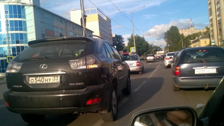 Пять машин столкнулись на проспекте Фрунзе