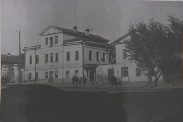Дом генерала Качки, в котором разместилась подпольная школа.
