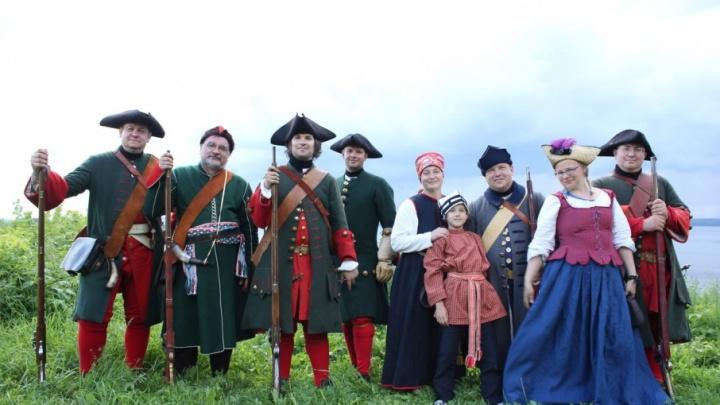 Прокатиться на ретромашине и отведать солдатской каши: в Перми пройдет фестиваль реконструкции