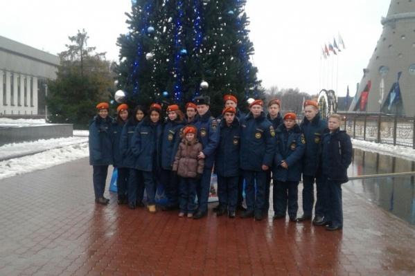 Дети, которых наградил глава МЧС. Среди них - 15-летняя Мария Усольцева