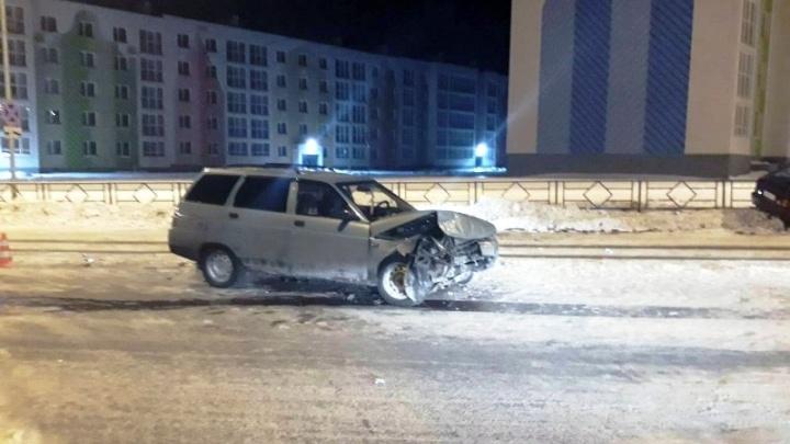 Протаранила: в Кошелев-Парке девушка на «одиннадцатой» не пропустила машину