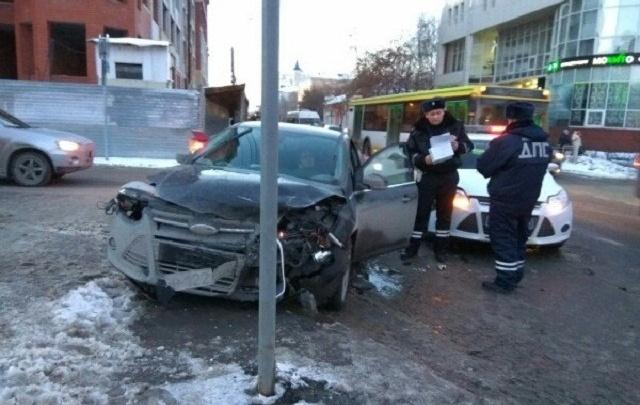 Инспектор, устроивший ДТП на улице Ленина, продолжит службу в ГИБДД