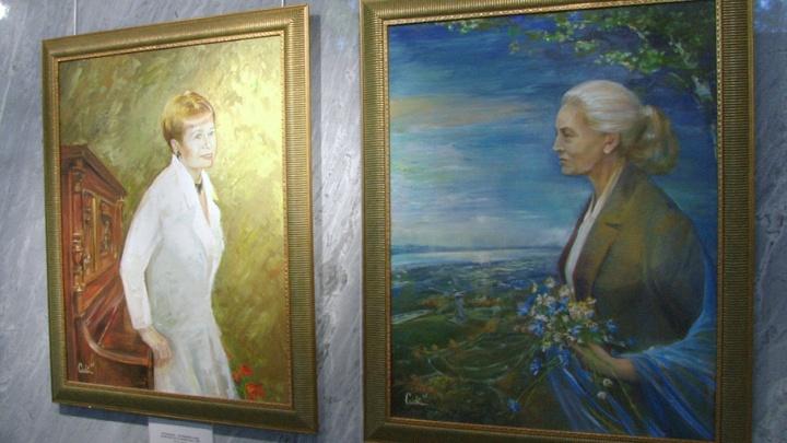 Нежные портреты Александры Пахмутовой и Маргариты Агашиной украсили волгоградский музей