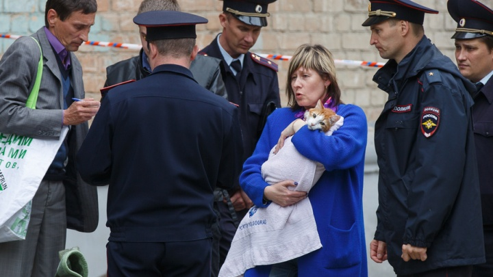 Жильцы обрушившегося в Волгограде дома смогли взять самое необходимое