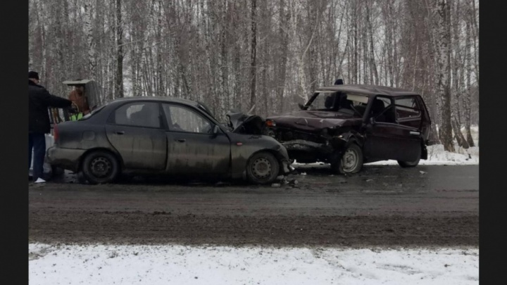 Лобовое ДТП в Челябинской области унесло жизни двоих человек