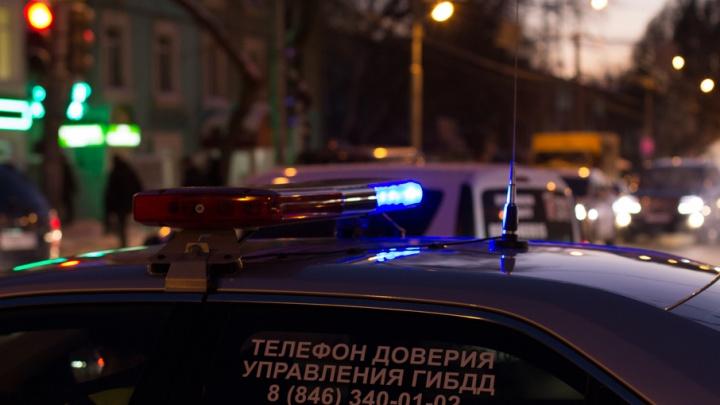В Самаре автомобилист сбил мопедиста с пассажиром