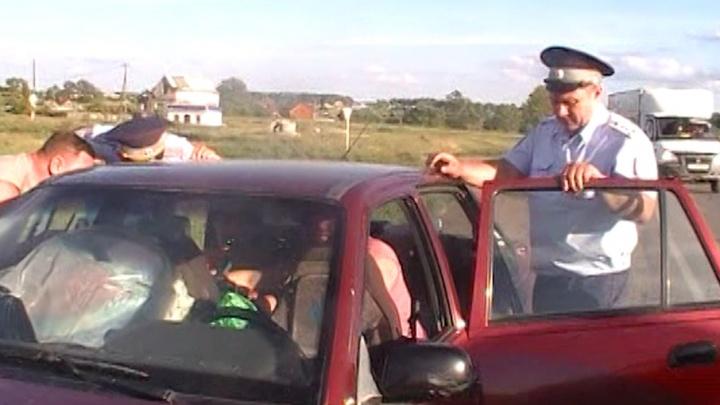 В Челябинске задержали пьяного водителя, перевозившего детей