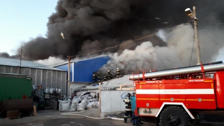 Крупный пожар в Волгограде: хроника смертоносного ЧП