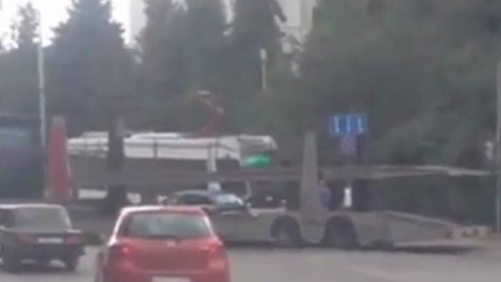 ДТП в Первомайском районе приостановило движение трамваев