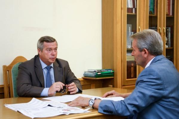 Валерий Путилин (справа) - один из политических долгожителей Ростовской области