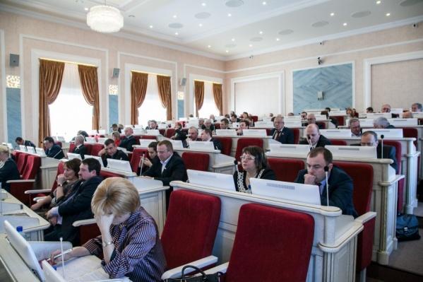 Депутаты поздравили новых коллег