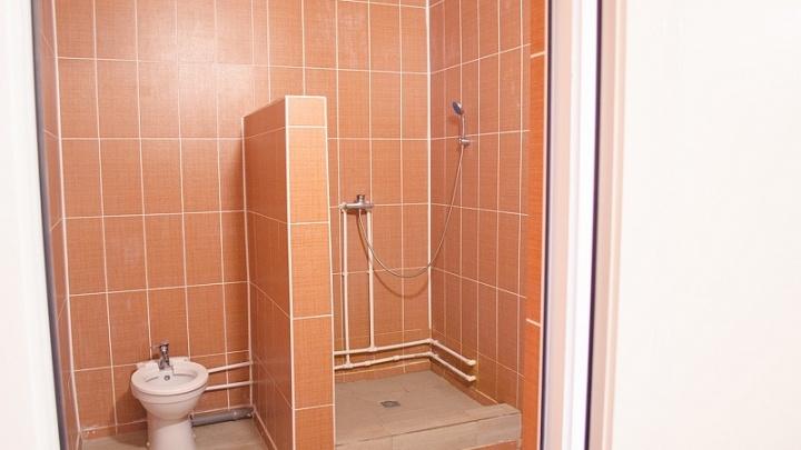 Челябинская больница заплатит 25 тысяч пенсионерке за перелом плеча в ванной