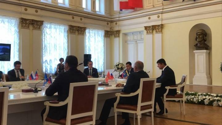 Семь мэров «Золотого кольца» приехали в Ярославль