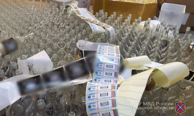 Городищенскую птицефабрику превратили в нелегальный спиртзавод