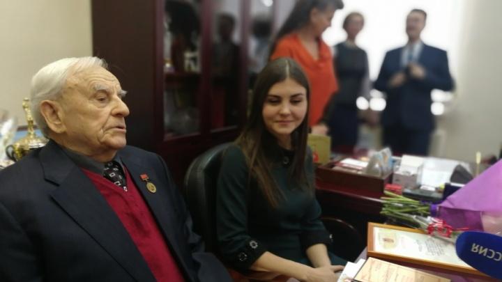 Первый участник Олимпиады из Волгограда празднует 90-летний юбилей