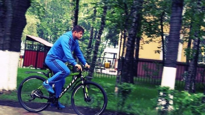 Слепцов разрешил чиновникам снять пиджаки: на один день вся мэрия пересядет на велосипеды