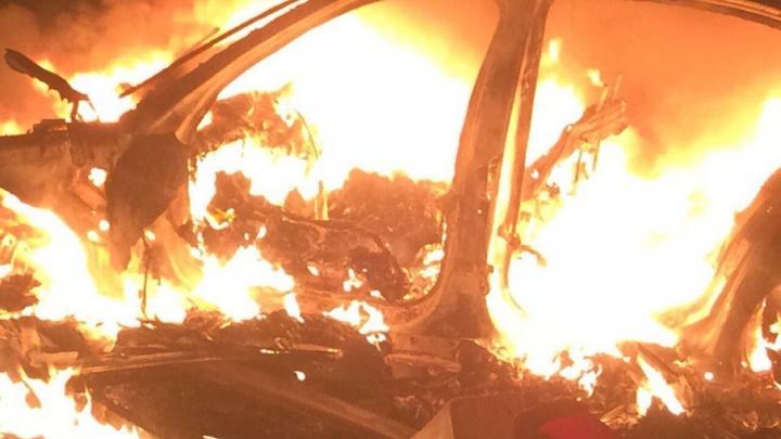 Подробности ДТП на М-8: водитель сгорел в BMW