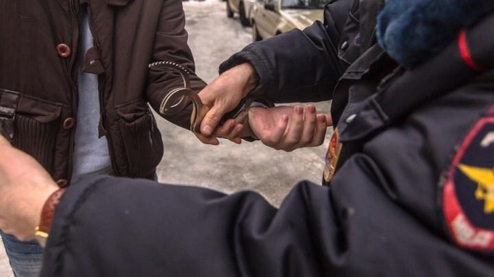 В Самаре угонщик напал на автомобилиста с молотком