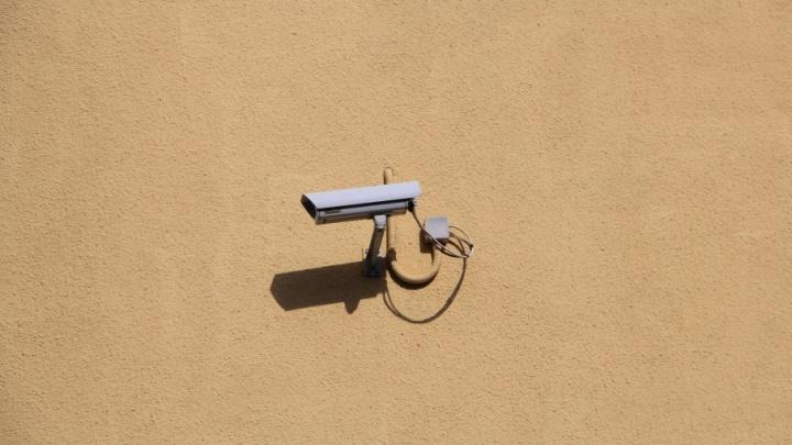 В поликлиниках Мирного в течение года появятся системы видеонаблюдения
