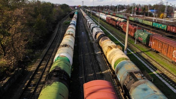 Преступникам из Ростова удалось украсть из поездов чугуна на миллион рублей