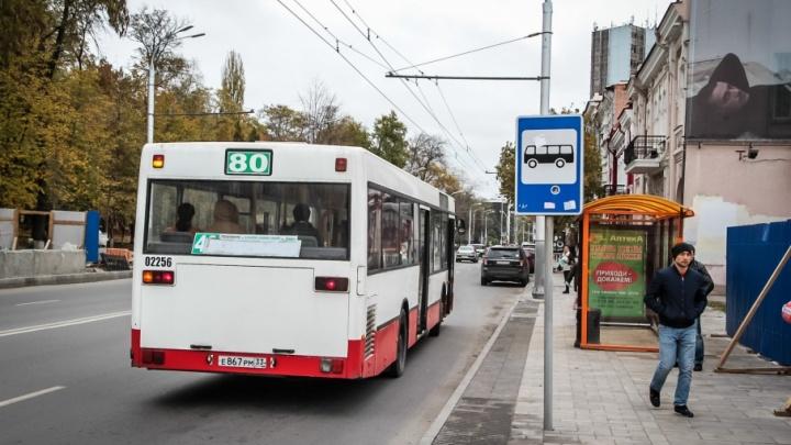 Будем задыхаться от жары: только в трети ростовских автобусов летом заработают кондиционеры