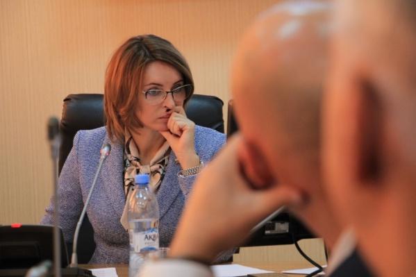 Валентина Сырова на заседании гордумы