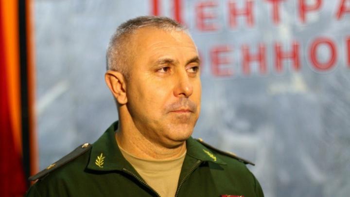 Командующий второй армией Рустам Мурадов получил звание Героя России