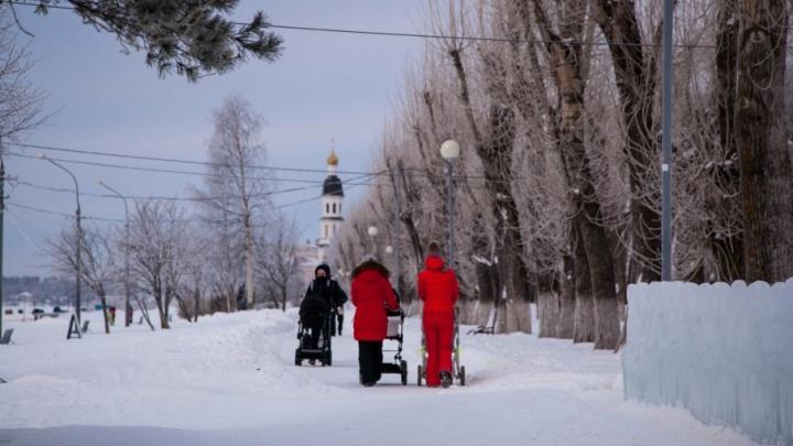 К обустройству ледовых горок и лыжни на набережной Архангельска приступят на следующей неделе