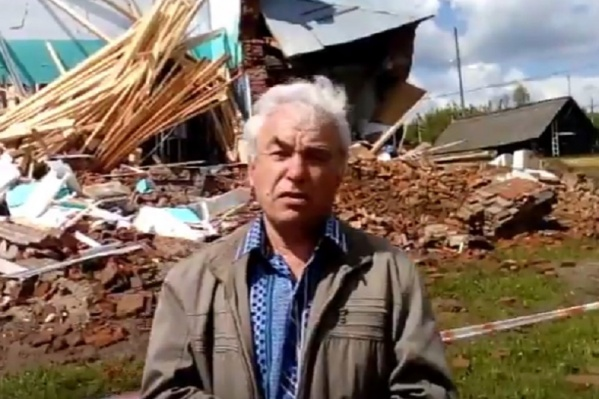 После обрушения школы жители Щучьего Озера просят помощи у президента
