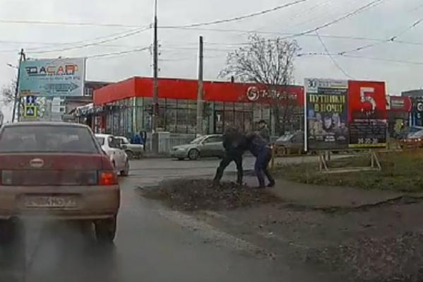 Драка произошла в центре Таганрога