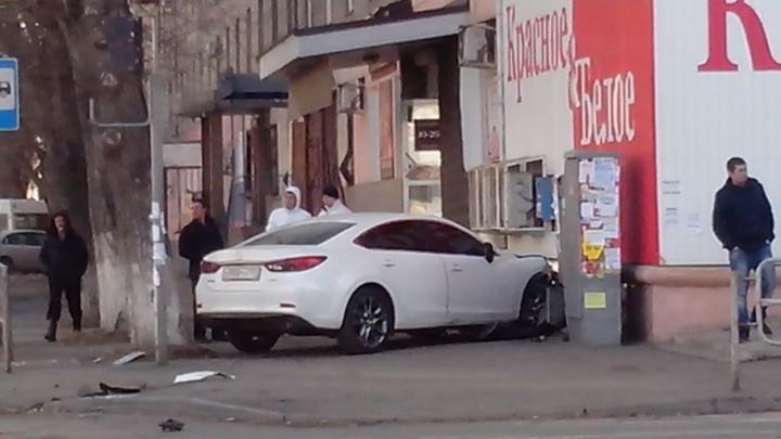 «Наша Mazda прикрыла собой пешеходов»: муж пострадавшей в ДТП на Каслинской  рассказал об аварии