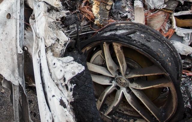 В Волгоградской области сгорели «Жигули» и иномарка