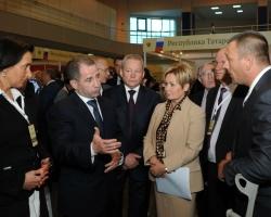 Михаил Бабич и Виктор Басаргин посетили выставку регионов Приволжья