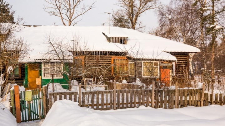 Снег и пепел: исследуем заволжские бараки
