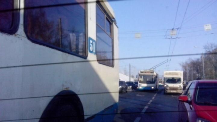 В Ярославле встали троллейбусы: когда восстановят движение