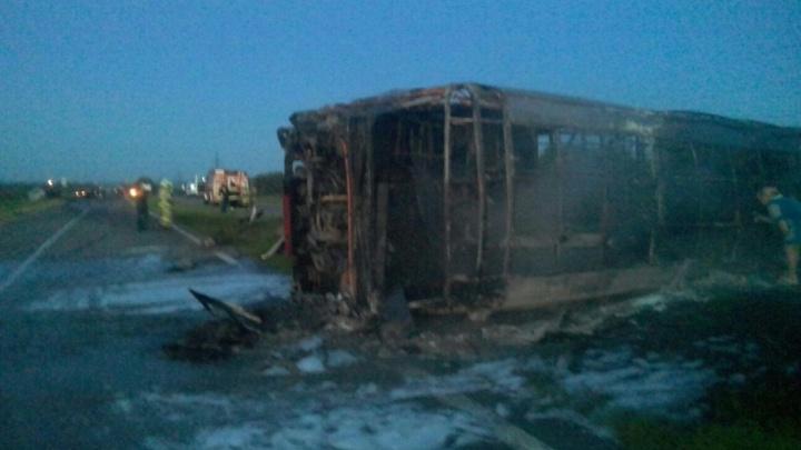 Эксперты установили личности 13 погибших в ДТП с самарским автобусом в Татарстане