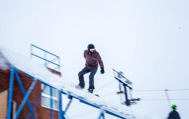 Закрытие горнолыжного сезона в Тюмени пройдет на трассе с буграми и лужами