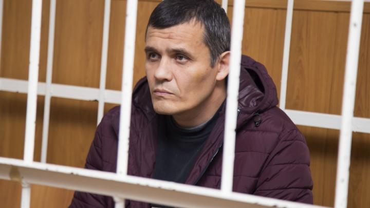 Изолировали от Украины: активиста отправили в СИЗО за поджог Томинского ГОКа