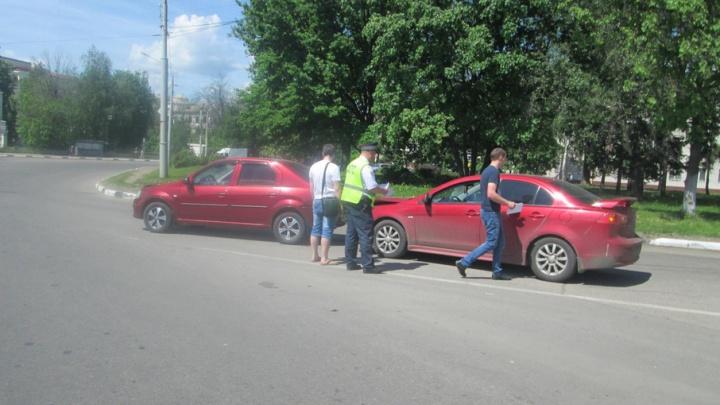 В центре Ярославля в ДТП пострадала 8-летняя девочка