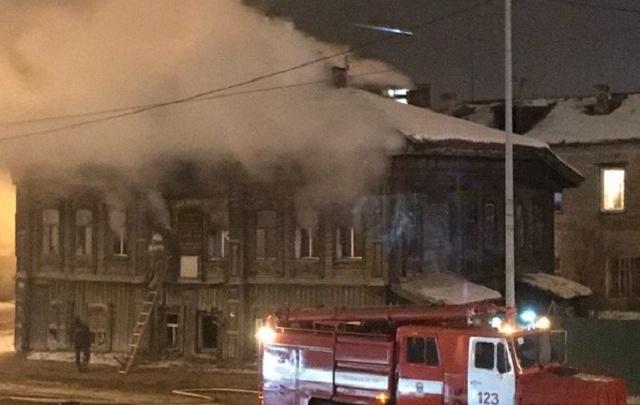 В доме на Камышинской, который признан памятником архитектуры регионального значения, случился пожар