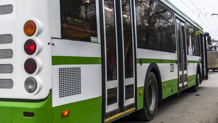 В середине декабря в Ростов поставят 100 новых пассажирских автобусов
