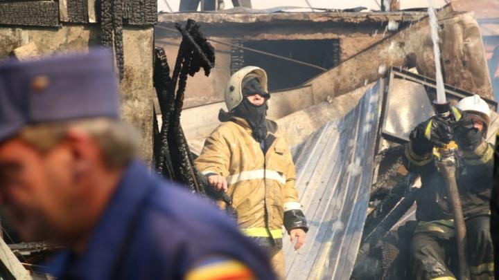 Крупнейший пожар в Ростове потушили