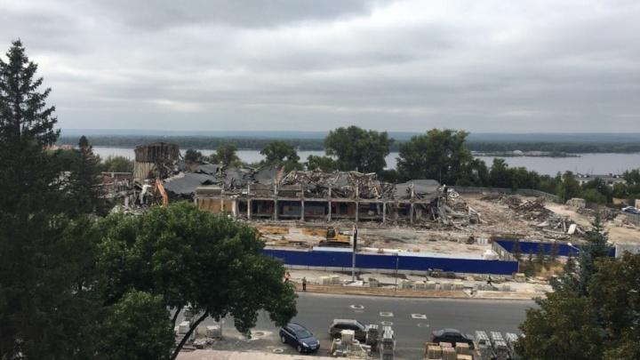 Вот и не стало Дворца спорта на Молодогвардейской: с дома ЦСК ВВС сняли крышу