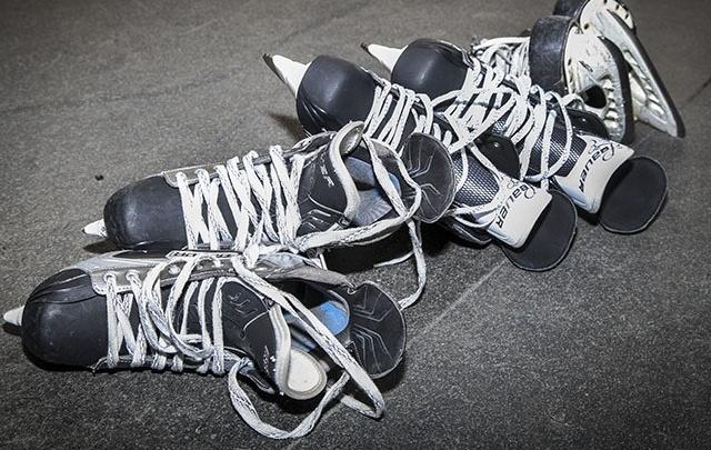 «Мужиков можно воспитывать иначе»: в Перми по жалобе родителей проверяют школу хоккея
