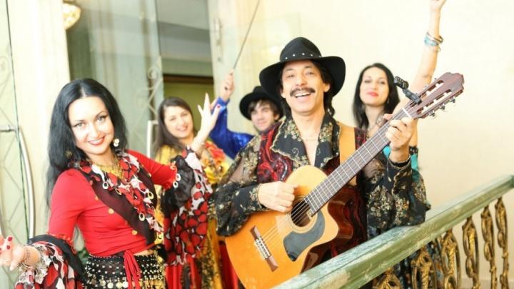 «Вперёд, за звездой кочевой!»: сотрудник челябинской компании поёт цыганские романсы