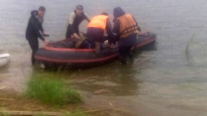 «Это вызывает бурные эмоции»: власти помогут семьям погибших на южноуральском озере