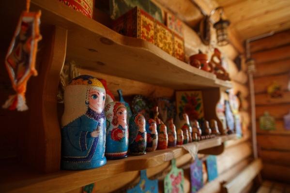 На празднике будет работать ярмарка, на которой можно купить поделки местных умельцев