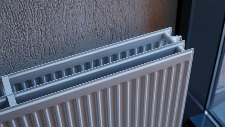 В жилом доме на Карла Маркса со вчерашнего дня не включают отопление